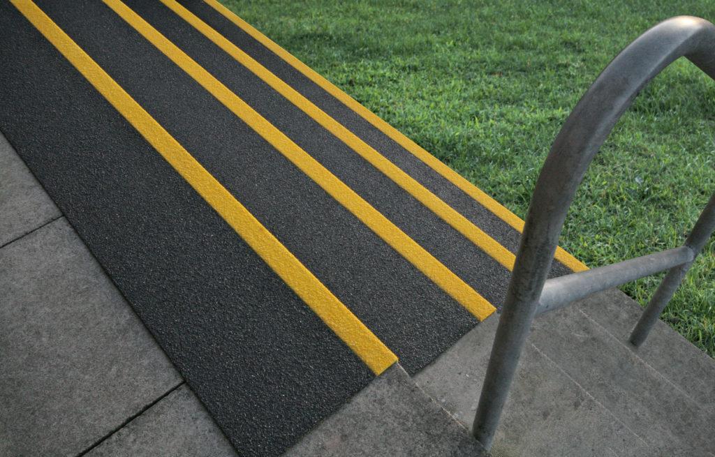GFK Antirutsch Treppenprofil